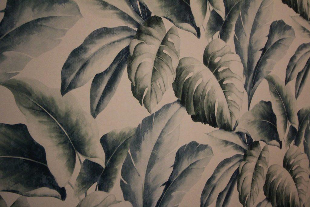 Gorgeous leafy print