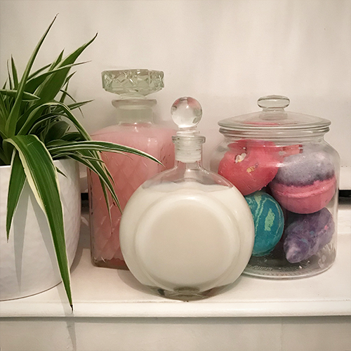 Day 9 scent bath bubbles and bath bombs